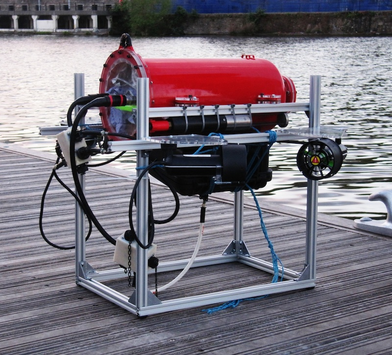 Prize-winning underwater robot uses hi-rel Datamate connectors for reliable power and signal