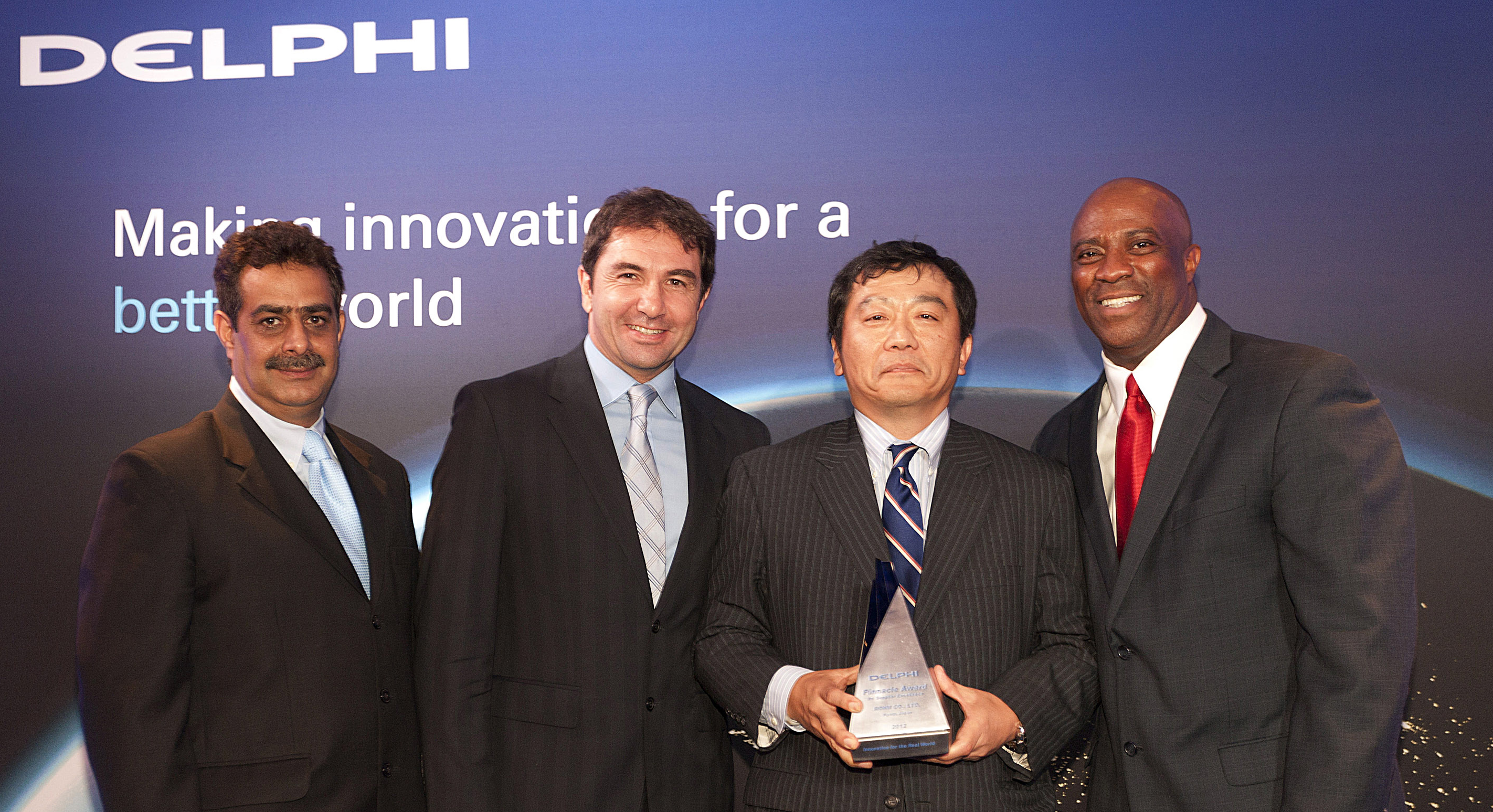 ROHM receives Delphi Automotive's 2012 Pinnacle Award