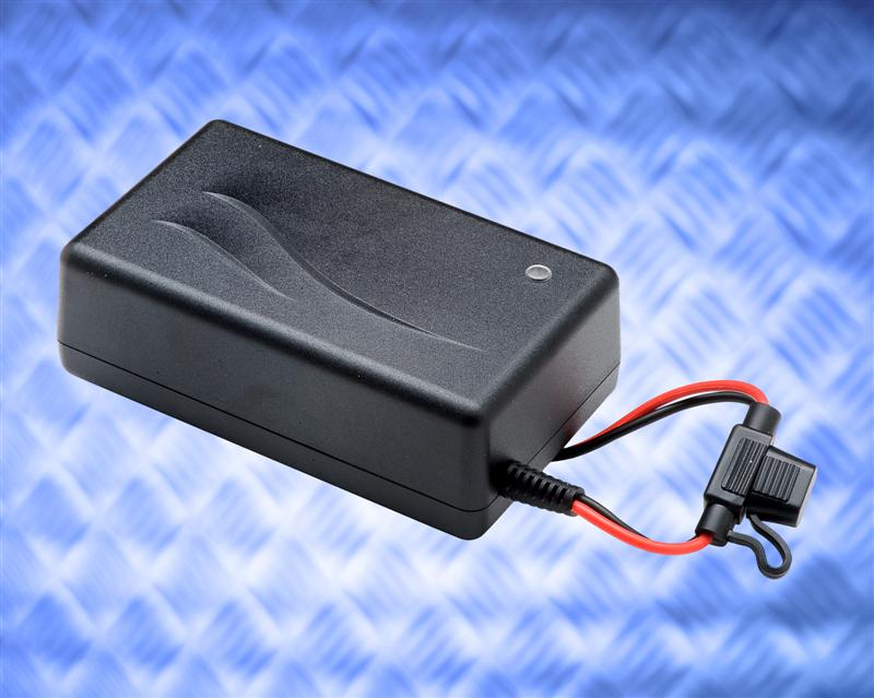 Professional quality Li-ion charger from Mascot maximizes battery cells performance
