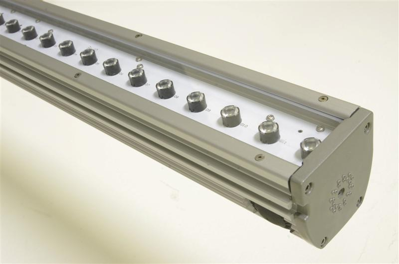 DDP Develops Low-Profile Linear LED Lighting System Optimized For Surface Grazing and Wall-Washing Applications