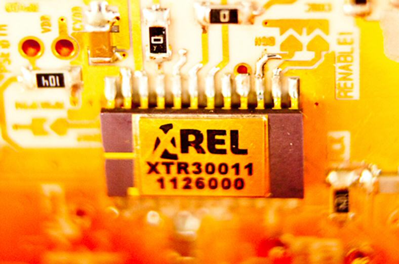 X-REL Semiconductor launches high-temperature 40- and 80-V diode family.