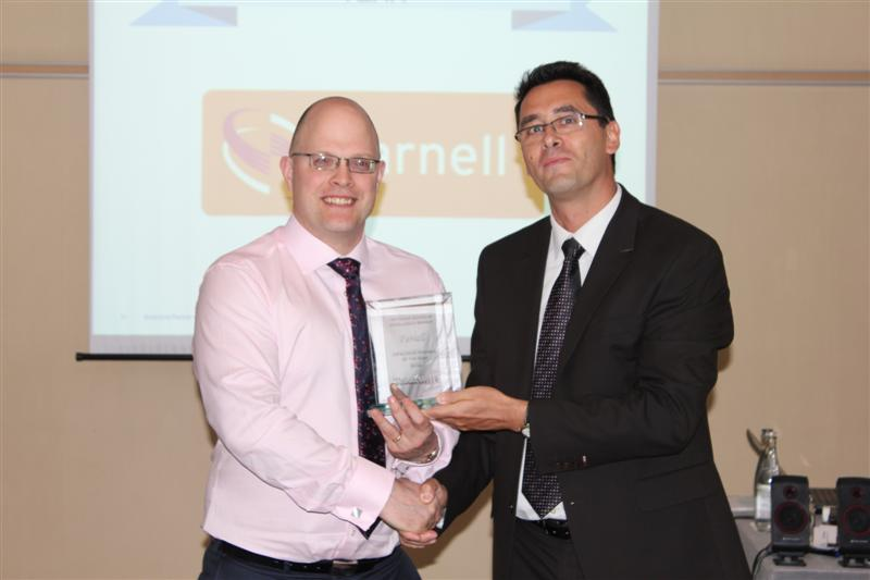 Farnell Wins EMEA High Service Distributor of the Year Award from Tektronix