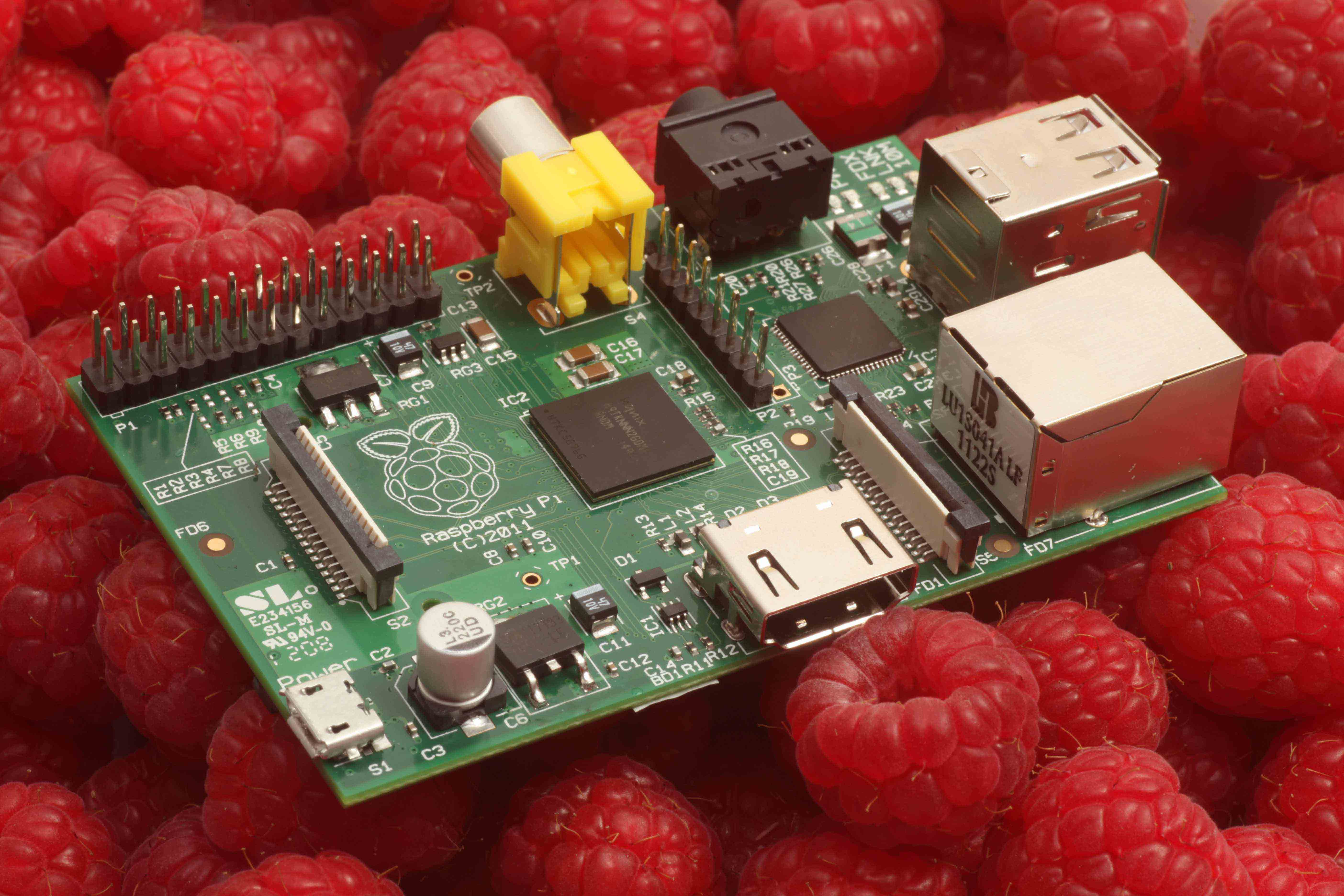 Raspberry Pi deliveries start from RS Components and Allied Electronics