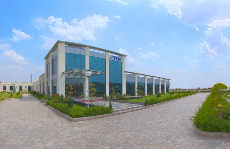 Expanded capacity for power capacitors: New factory officially opened in northern India (TDK-EPC Corporation)