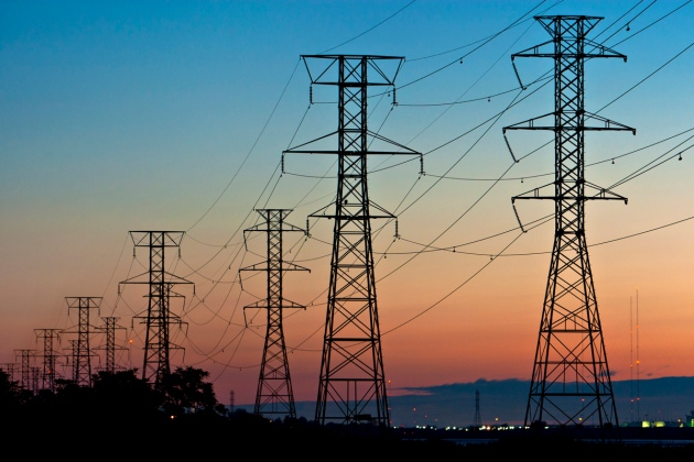 Is the US electrical grid on the edge of failure?