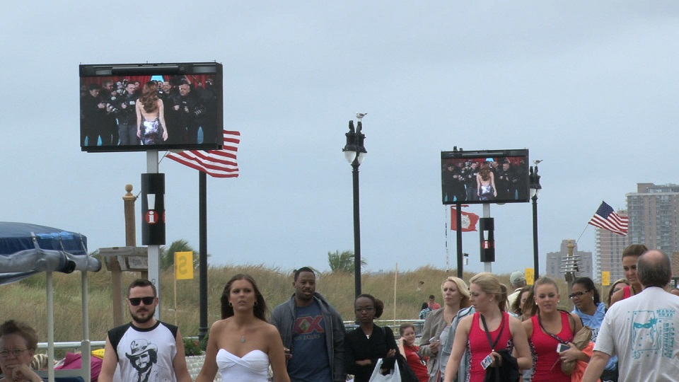 Digital out-of-home media comes to Atlantic City Boardwalk