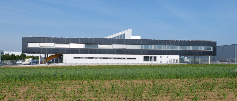 IBC Solar empowers power-autonomous building in Germany