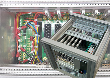 VPX user-definable power and ground development system targets Open VPX military apps