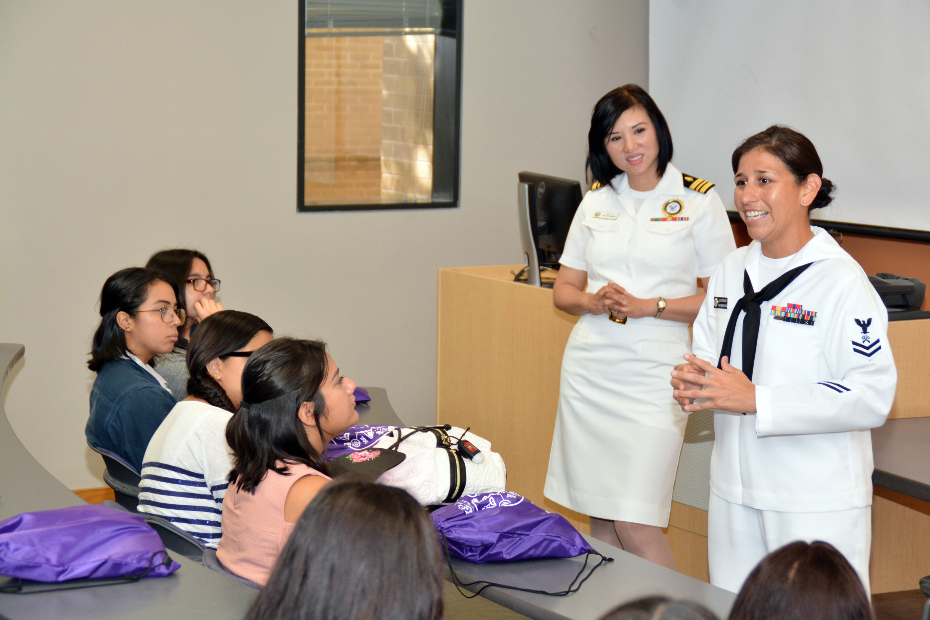 Navy Participates in STEM Event at Rio Grande Valley Campus