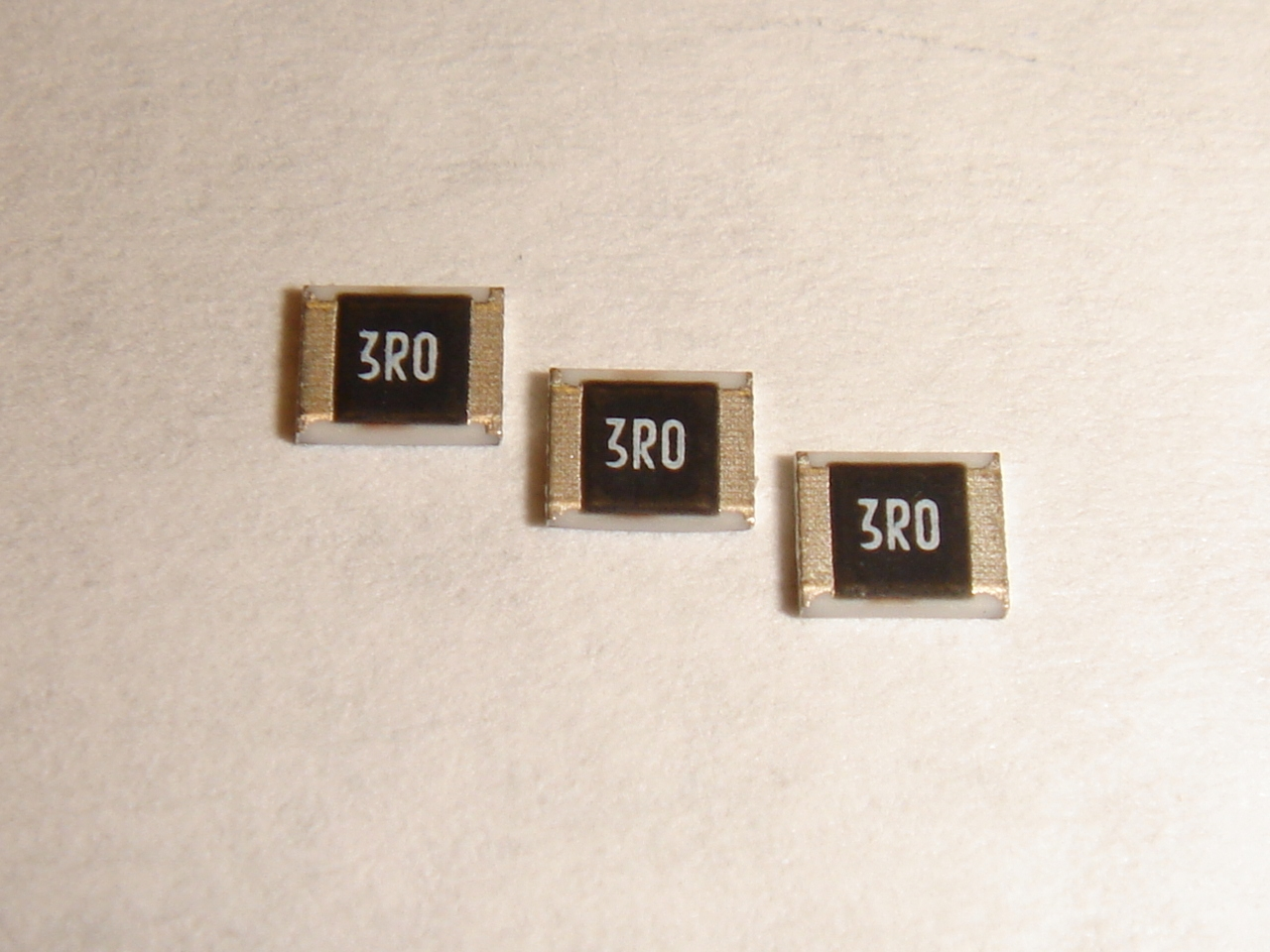 Ultra-High Power Pulse Withstanding Chip Resistors