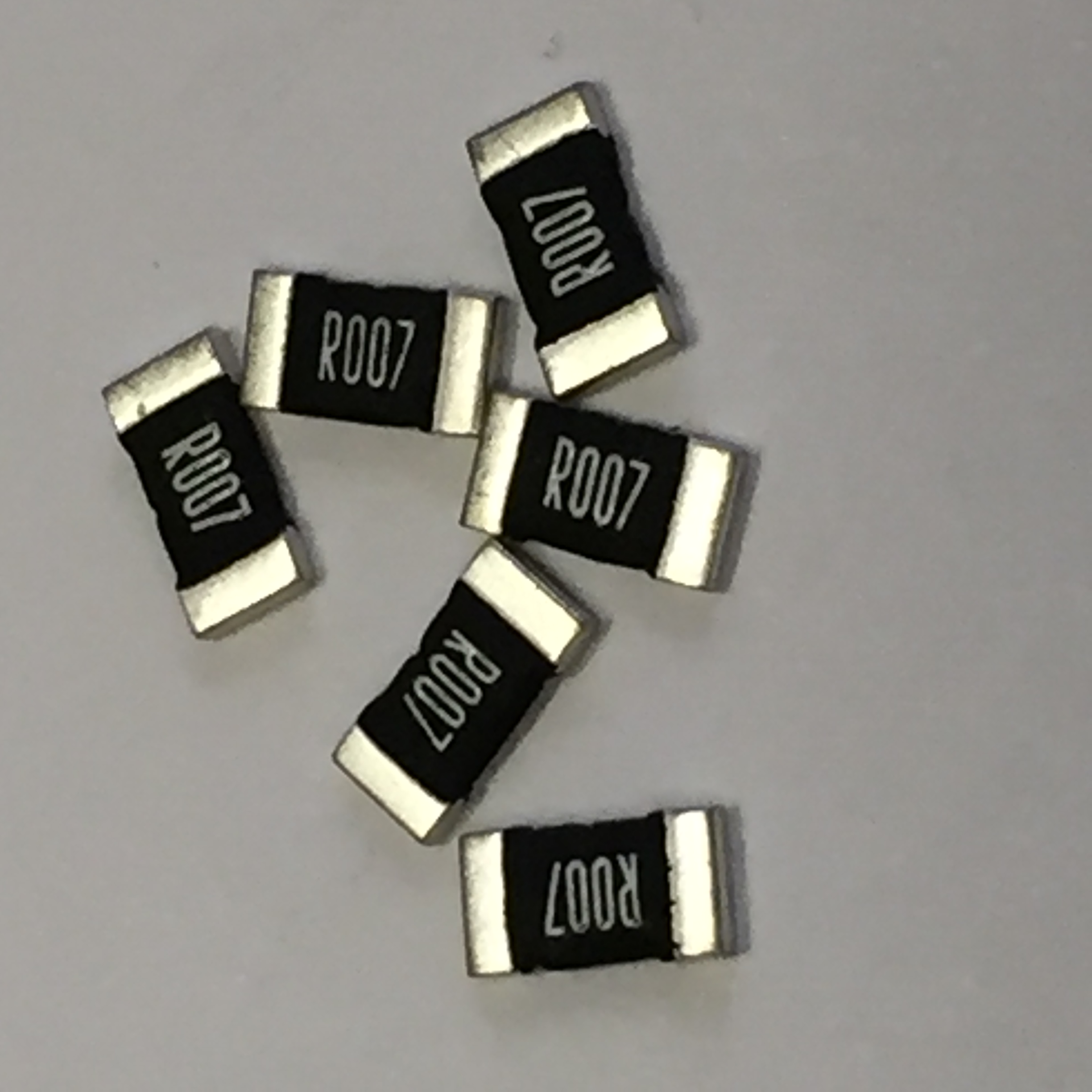 Current Sense Chips Offer Tolerances as Tight as 0.5%