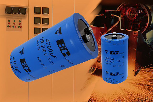 Screw-Terminal Capacitors Feature 500 V Rated Voltage