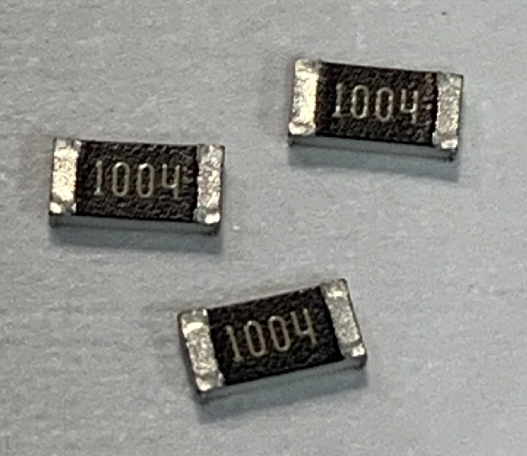 Thin Film Chip Resistors For High Precision Applications