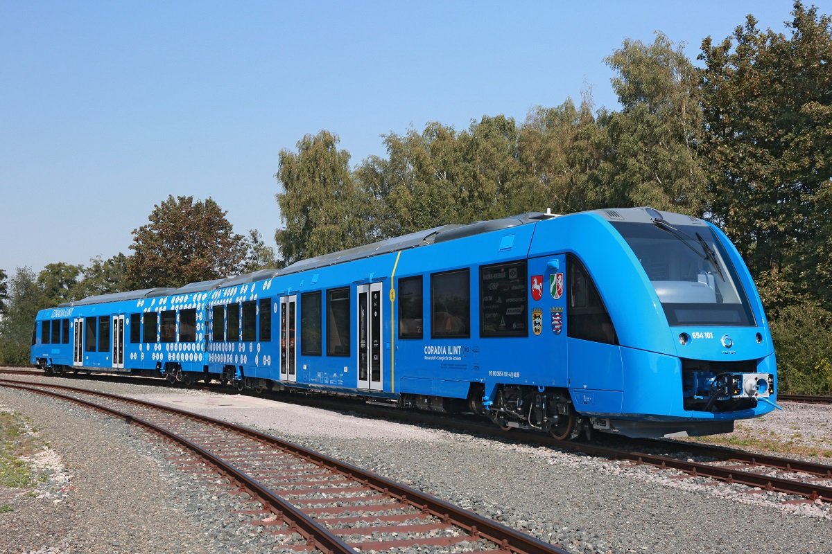 Germany to Debut World's First Hydrogen Trains in 2021