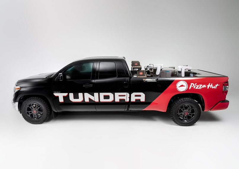 Toyota Introduces Fuel-Cell Pizza Truck