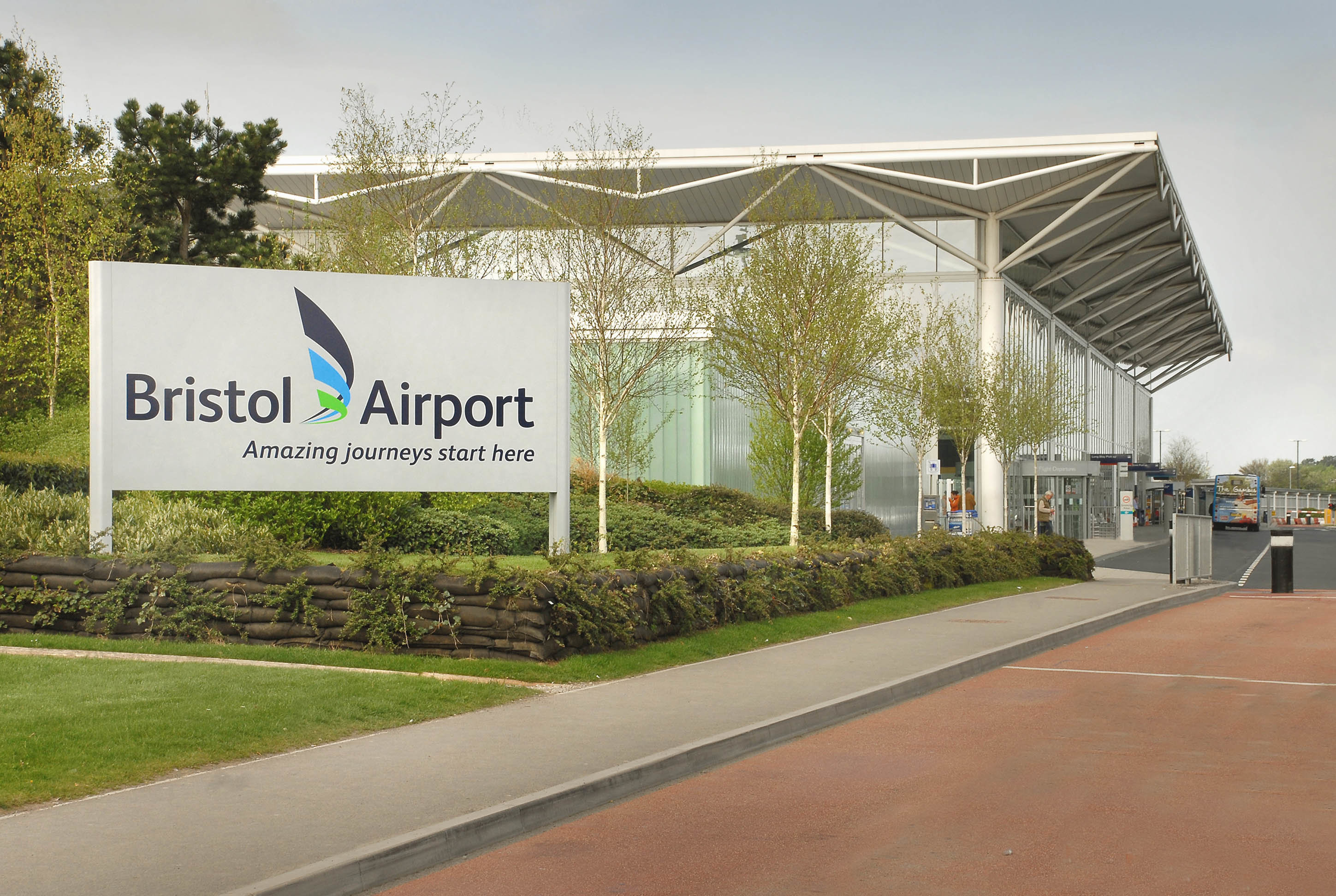 UK's Bristol Airport Powered by 100% Renewable Electricity